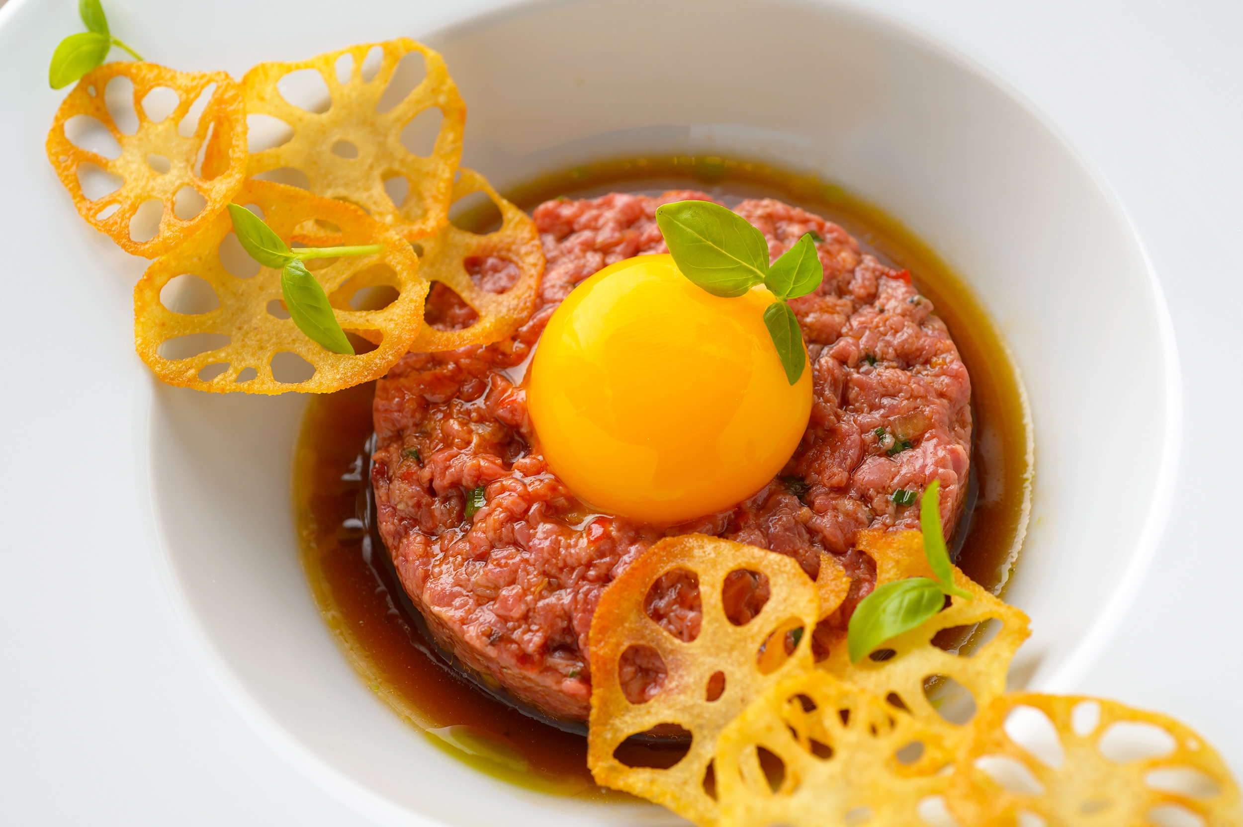 Bright-Food-Photography-Beef-Tartar