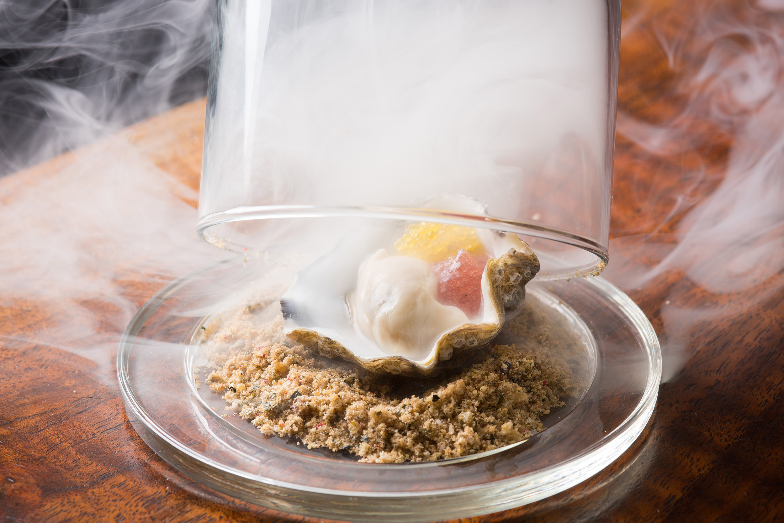 Incredible-Food-Photography-Smoked-Oyster