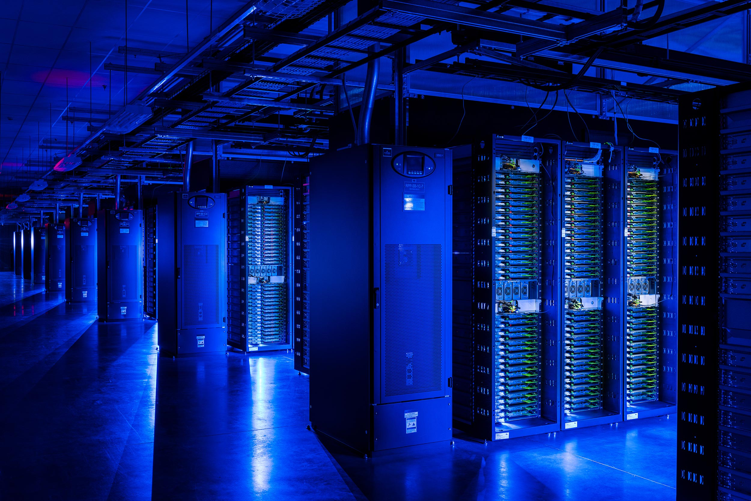 Technology-Industrial-Photography-Data-Center-OR